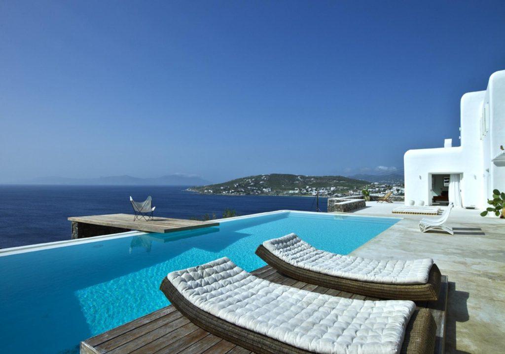 как купить жилье в Греции