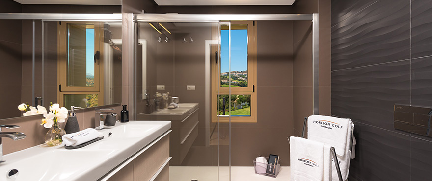 B10_NEW_Horizon_Golf_townhouse_bath-1