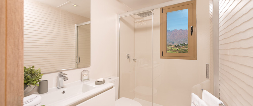 B9_NEW_Horizon_Golf_townhouse_bath-1