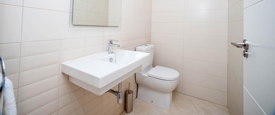Brisas_de_Alenda_Bathroom_DESESTIMADA