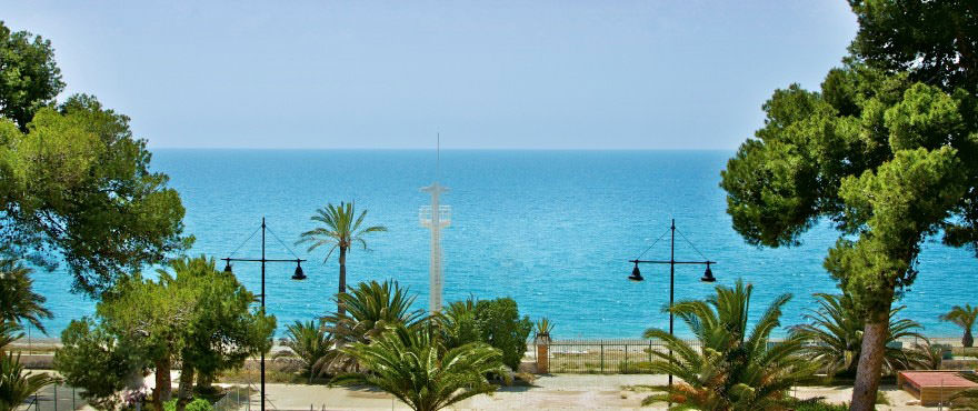 C4_Vila_Paradis_Sea_views-880x370