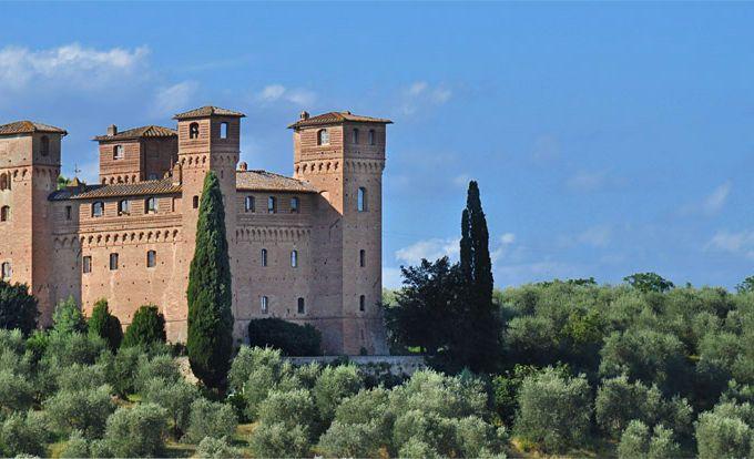 Замок в Сиене, Италия