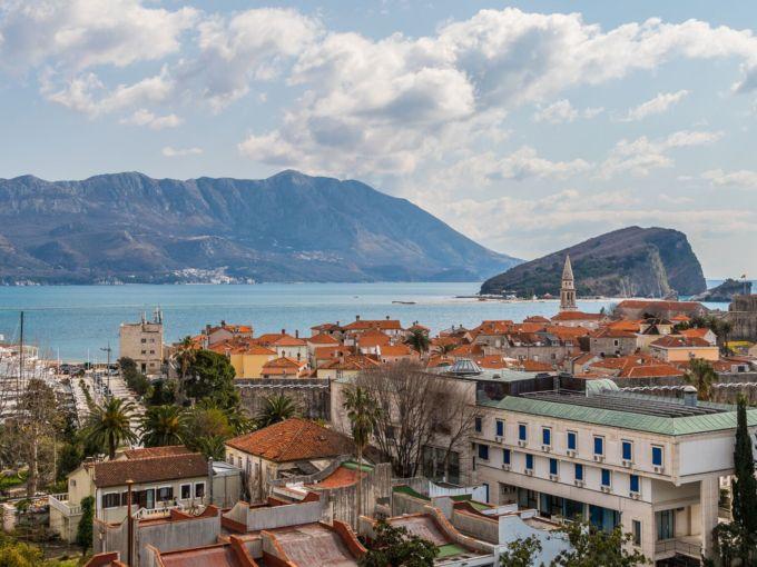 Жилой комплекс премиум класса на полуострове Будва, Черногория