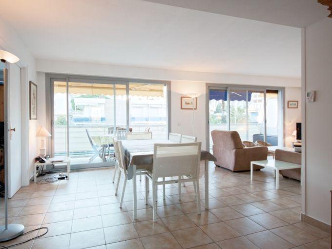 3-х комнатная квартира 94 м.кв в Каннах Франция