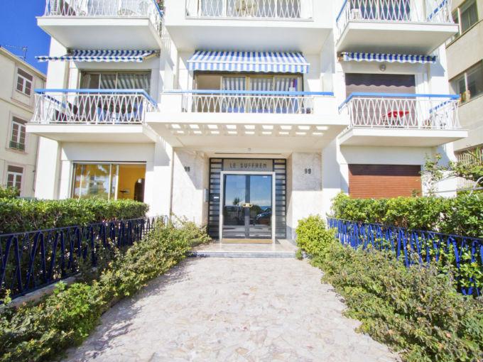 Просторная квартира в Ницце Франция