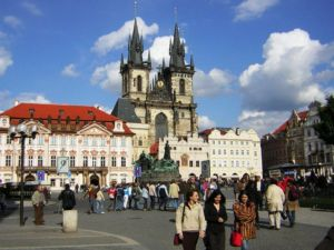 Praha_Old_Town_sq_from_St_Nicholas