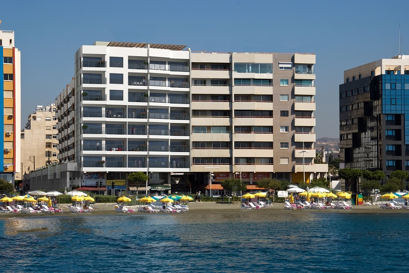 Eden-Beach-Apartments_-photo