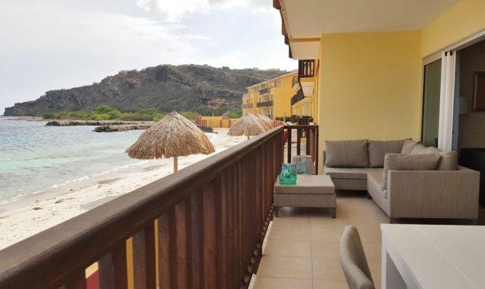 Роскошные апартаменты на пляже c частной пристанью для яхт