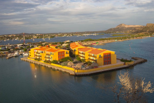 la-palapa-resort-curacao-6-607x405