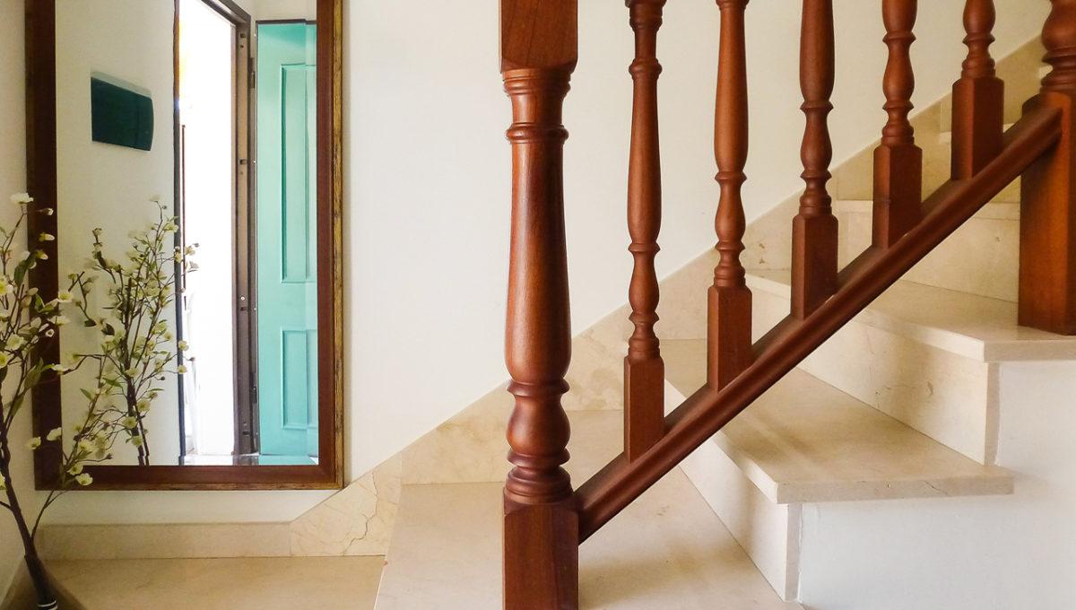 11.vhod.treppe (1)