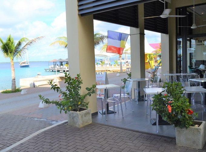 Ресторан на берегу, о. Бонэйр