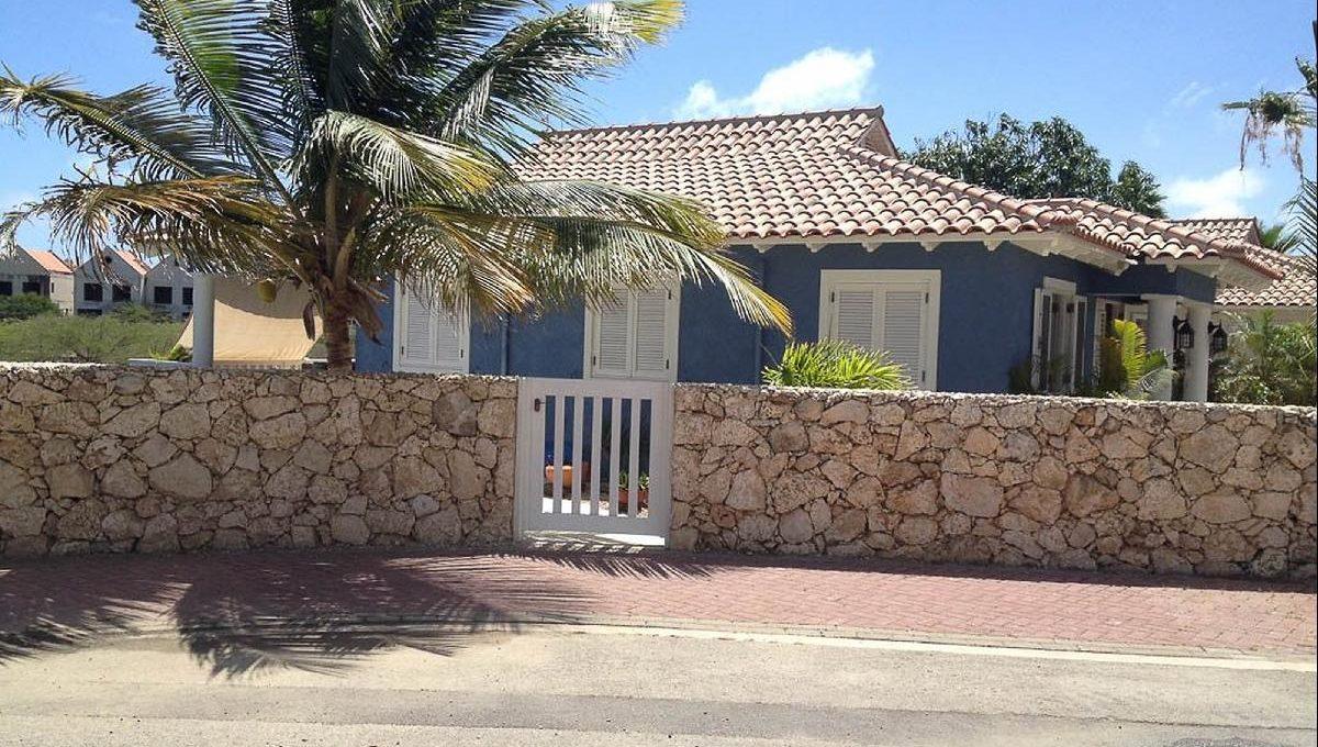 Villa-Blue-3031-1024x768